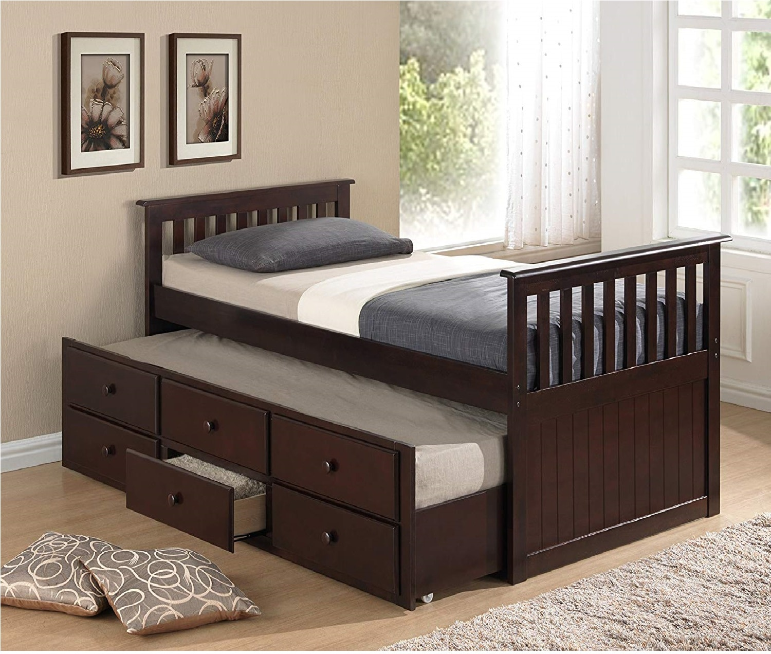 1.Broyhill Kids Marco Island Captain's Bed