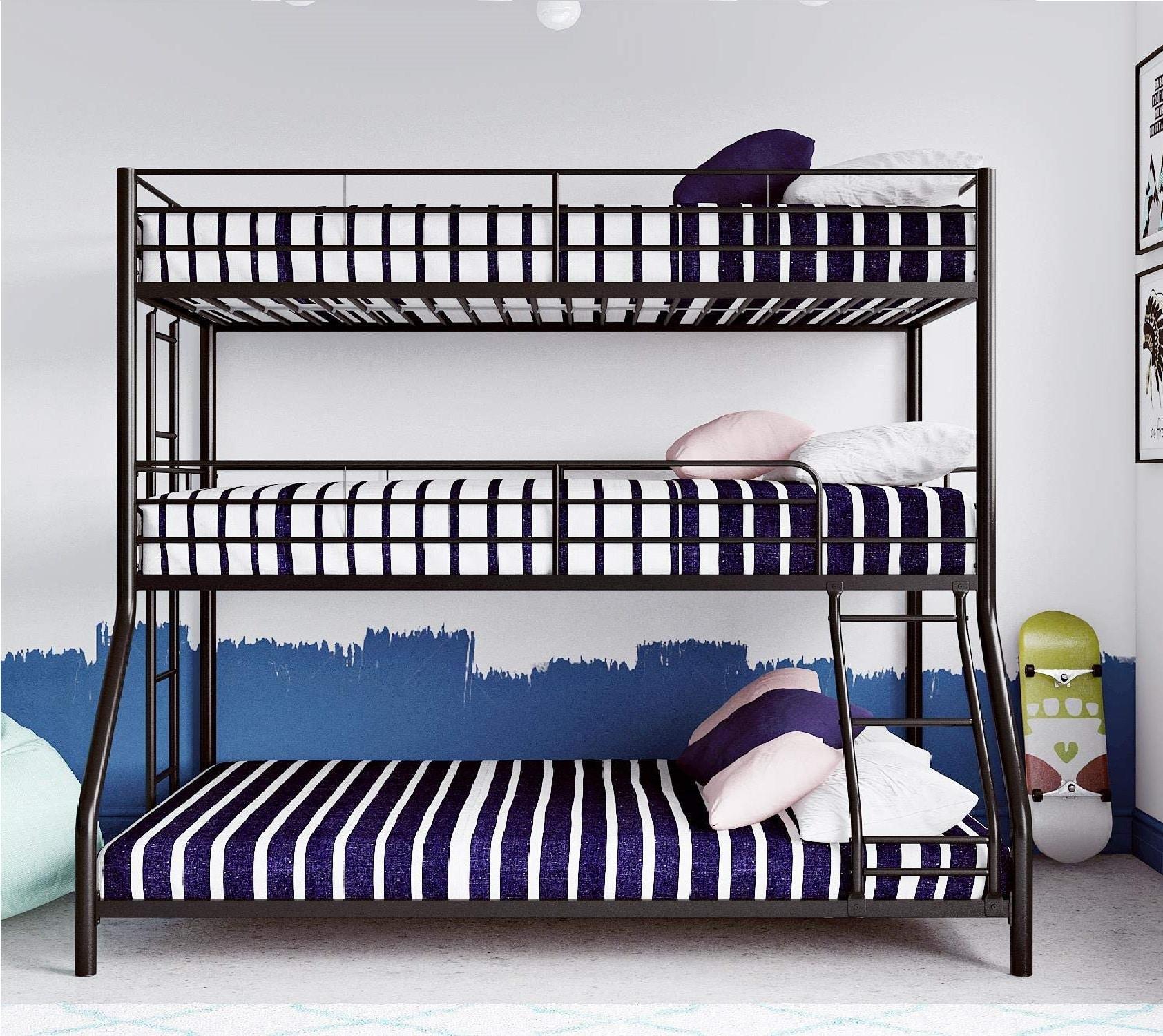 2.Max & Finn Triple Bunk bed, Twin