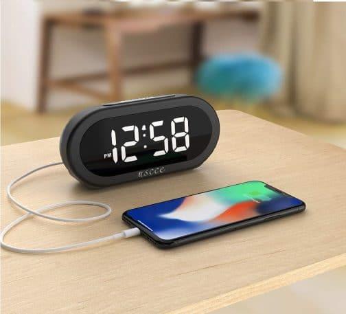 5.Small LED Digital Alarm Clock with Snooze, Easy to Set, Full Range Brightness Dimmer, Adjustable Alarm Volume