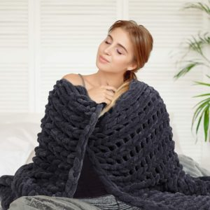Home Abound Chunky Knit Blanket