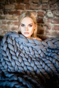 WoolArt Chunky Knit Blanket