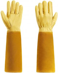 Rose Pruning Garden Gloves by Quilence
