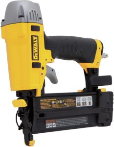 DEWALT Brad Nailer (DWFP12231) Kit by DEWALT