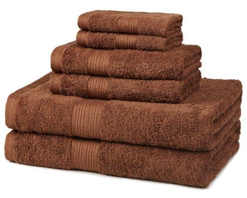 1. AmazonBasics Bath Towels Sets with Fade Resistant